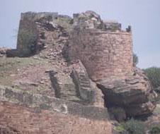 Badami_Fort_img1