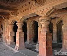 Badami_cave_temples_img1