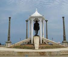 Gandhi_Statue_img1