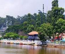Yercaud_Lake_Boat_House